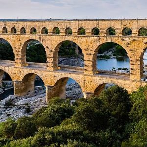 Pont_du_Gard_BLS-1.jpg